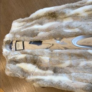 NWT Abercrombie and Fitch faux fur vest